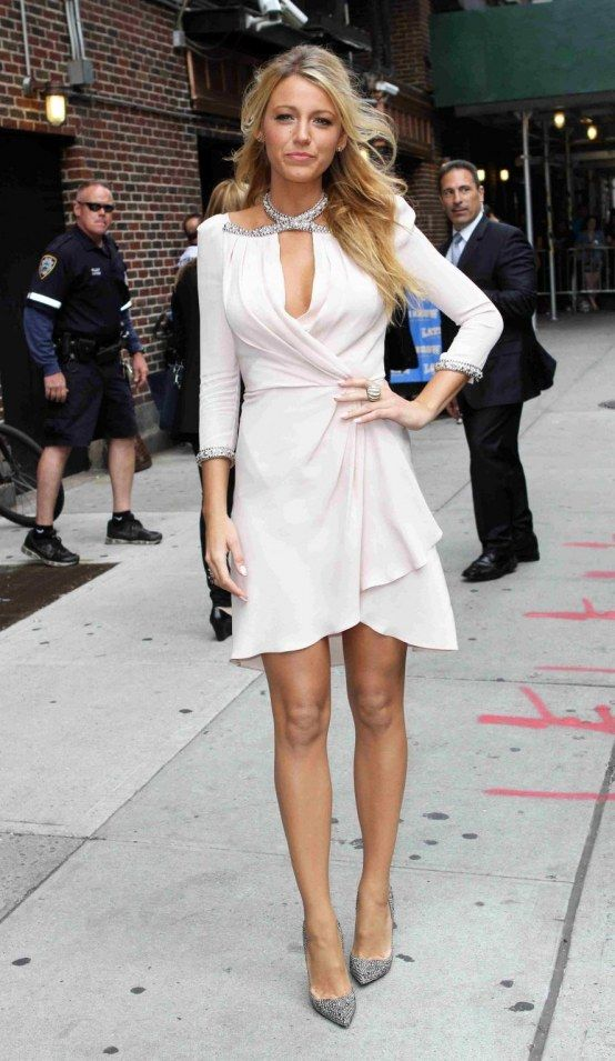 Blake Lively: white and silver all over. heaven. :)
