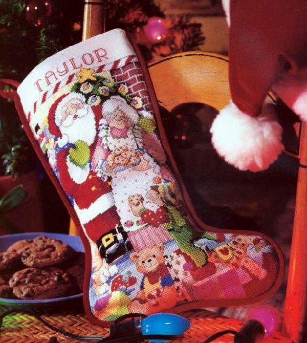Buon Natale 1a.Mr Ms Santa 1a Cross Stitch Christmas Stockings Cross