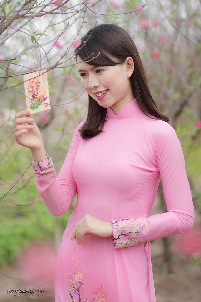 All sizes Ảnh đẹp áo dài tết 2017 Mỹ Linh Flickr