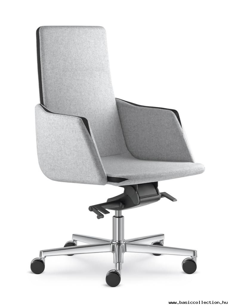 Basic Collection, Harmony 832 #officefurniture #officechair #upholstery #metallegs #contractfurniture #furniture