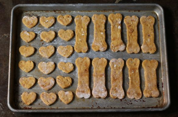 We Re Big Fans Of Making Homemade Natural Dog Treats For