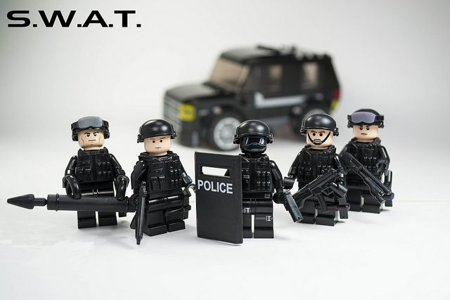 SWAT team met with car | Lego | Pinterest | Swat, Legos and Legos
