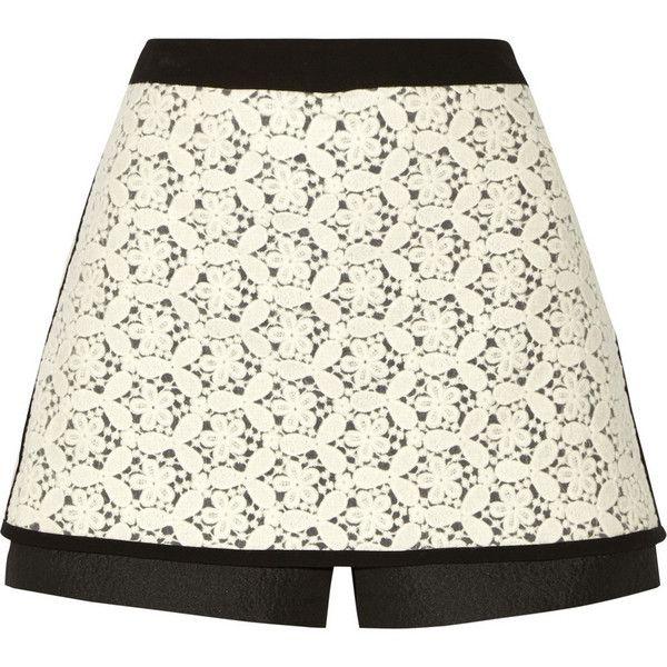 Tibi Crocheted-lace shorts (£140) ❤ liked on Polyvore featuring shorts, skirts, white, zipper shorts, crochet lace shorts, tibi shorts, crochet shorts and white crochet shorts
