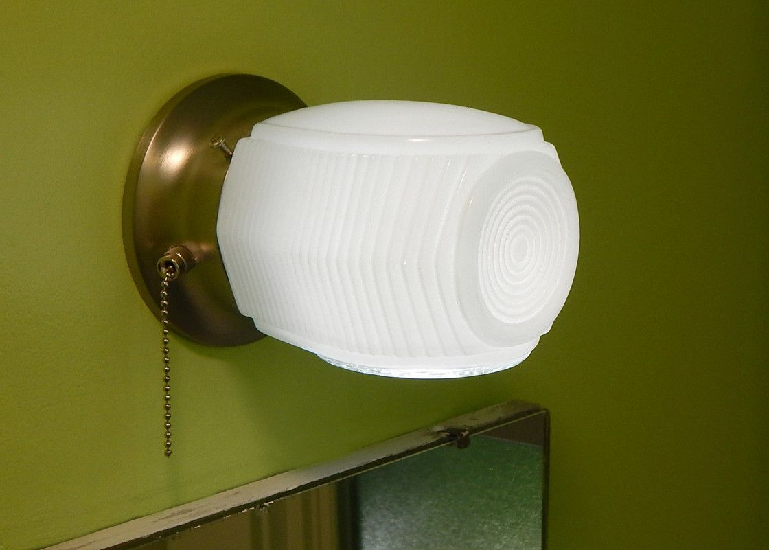 Mid Century Wall Sconce. Vintage Glass Shade New Pull Chain Fixture ...