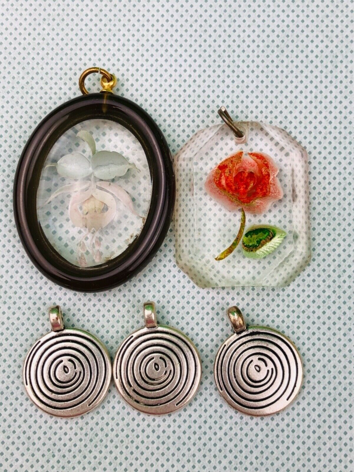 Mixed Lot Of 5 Pendants Rose Flower Silver Tone Crafts Ebay In