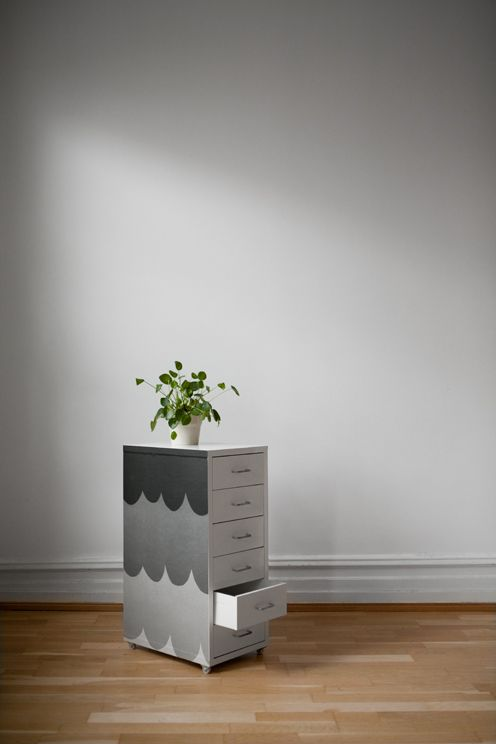 Removable Self Adhesive Wallpaper Drawer Unit Helmer Ikea Scallops Wallpaper Design Klara Bothen Curated By Fine Little Interer Idei Dlya Doma Dlya Doma