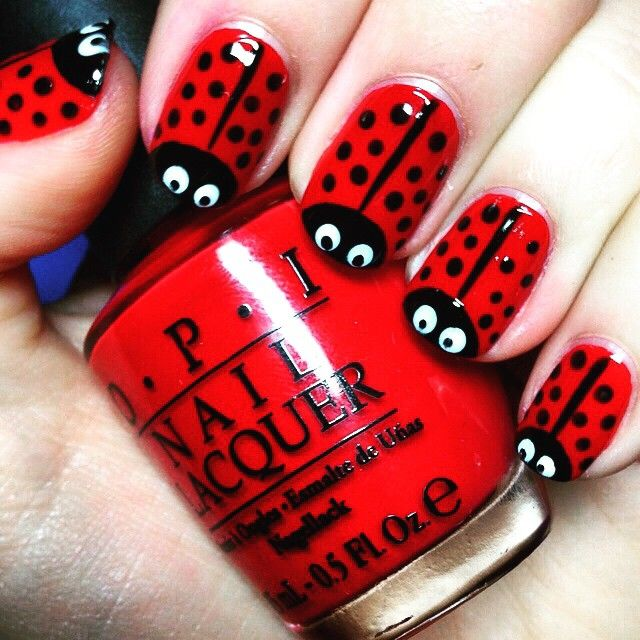 Fun nail art for kids! they love it! 💅🏻💁🏻 #nailart #kidsnails #minid…
