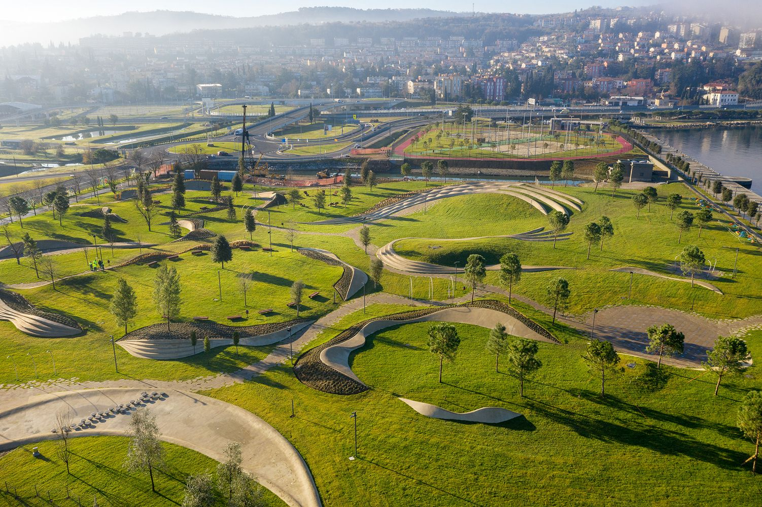 Gallery Of 100 Public Spaces From Tiny Squares To Urban Parks 63 Urban Park Landscape Public Space