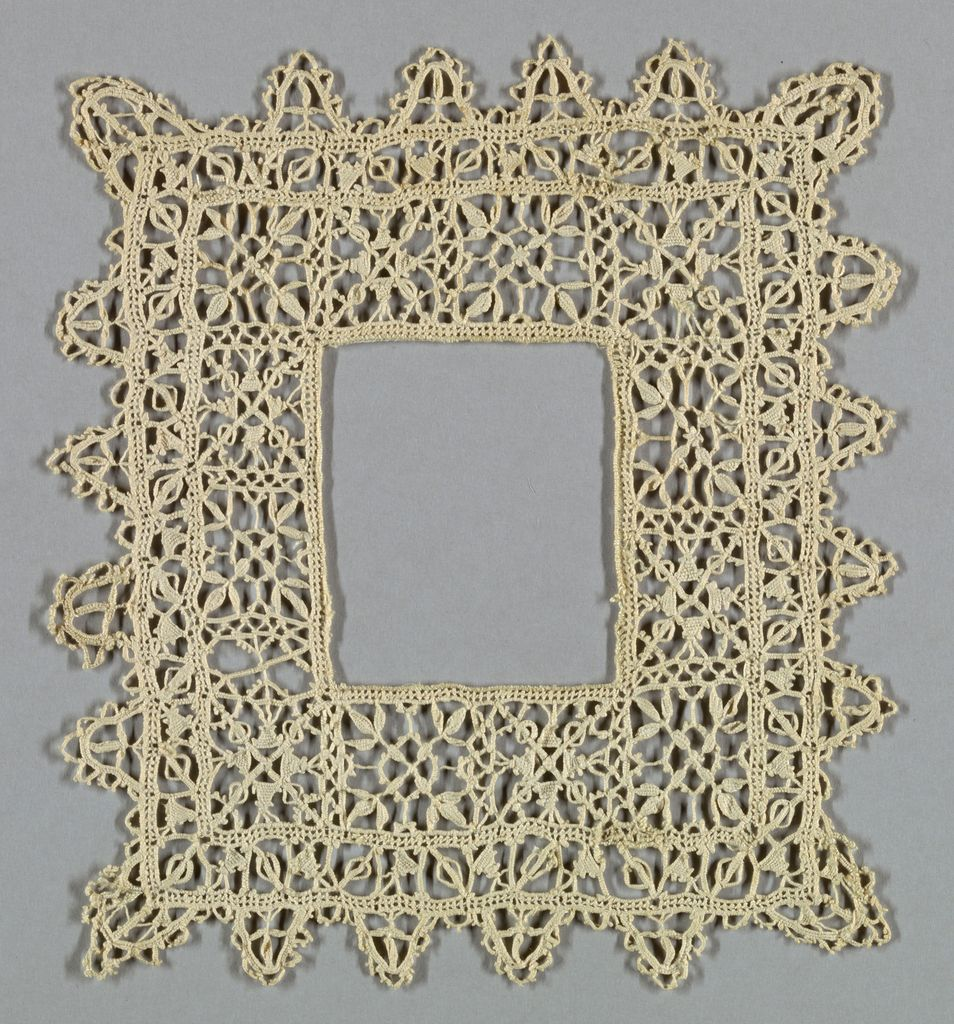 Frame with narrow pointed border.