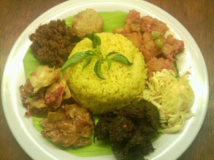 Nasi Kuning Indonesian Food Food Cuisine