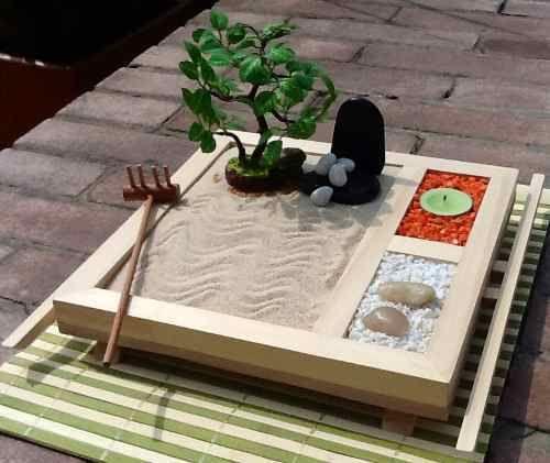how to make a zen garden zen zen mini zen garden miniature zen garden. Black Bedroom Furniture Sets. Home Design Ideas