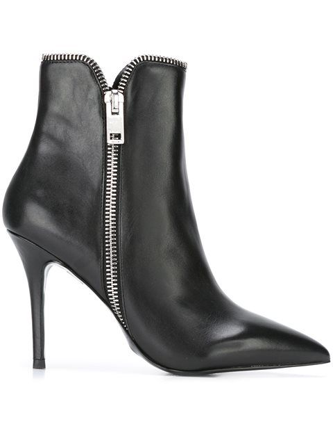 DIESEL 'Darinezi' Boots. #diesel #shoes #boots