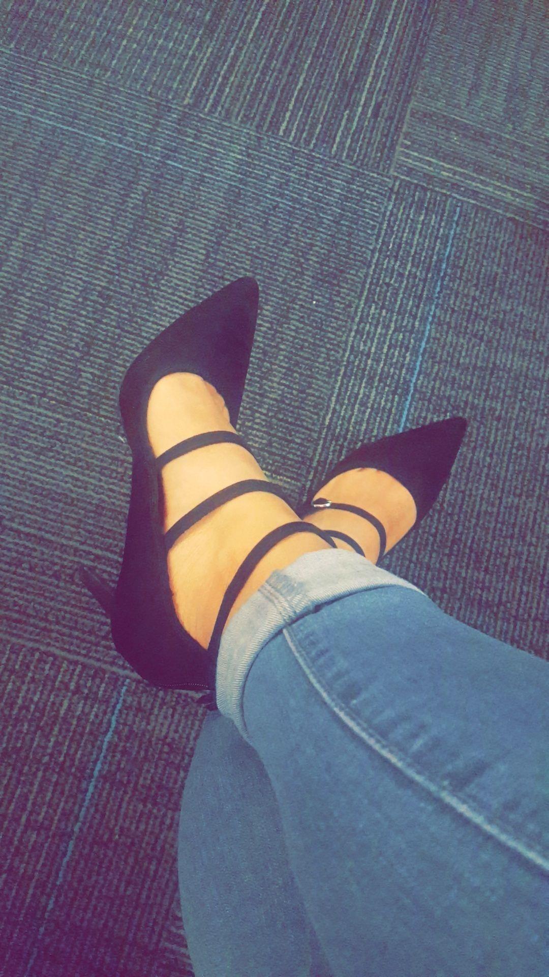 5bf64edde564 Zapatos tacones   tumblr   Fotos de novios tumblr, Zapatos mujer y ...