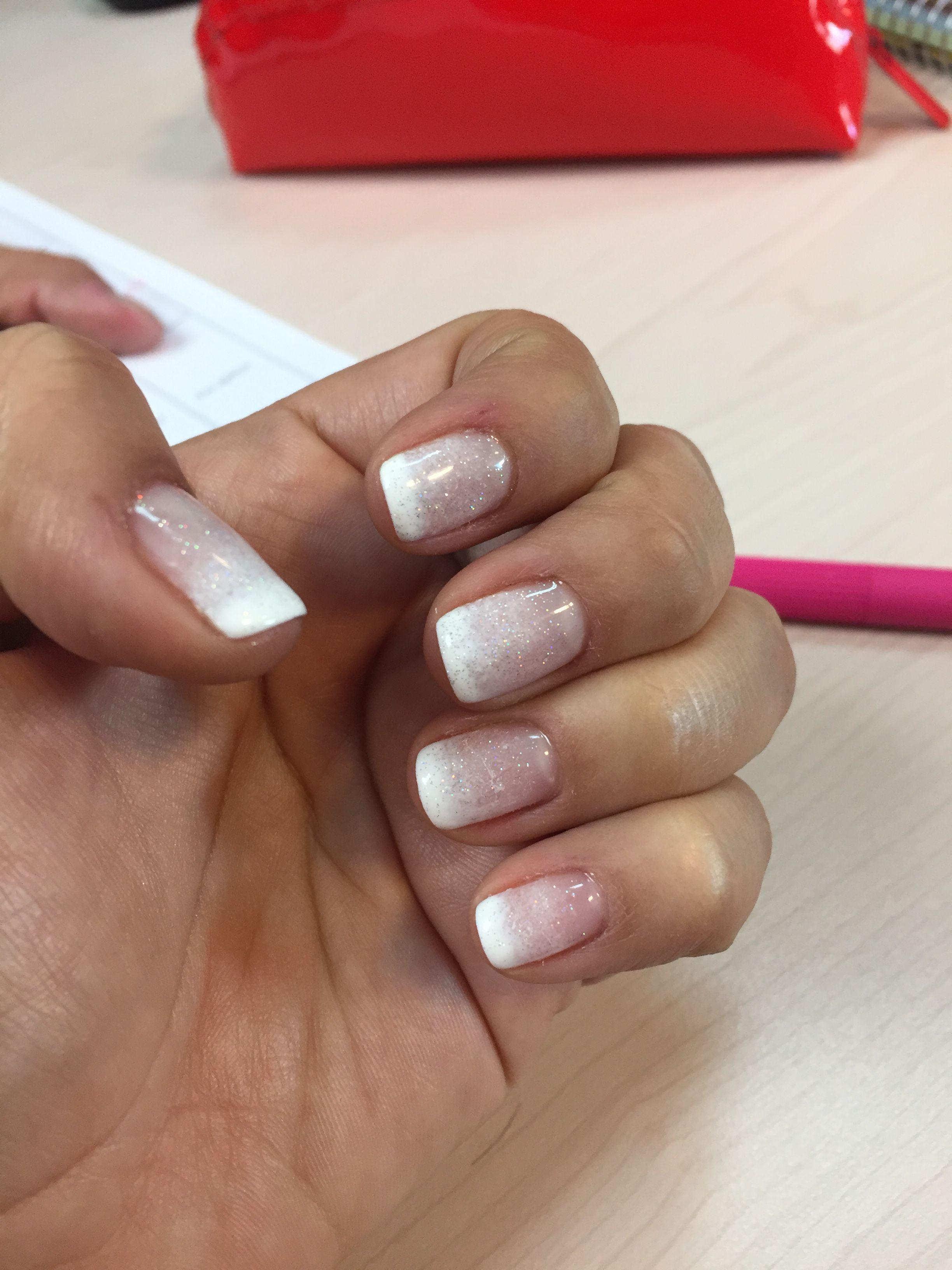 Degrade Blanco Uñas Nails Nail Art Designs Y Nail Art