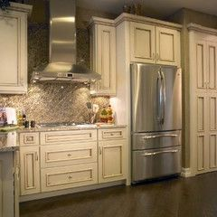 Fabulous White Cabinets And Stainless Steel Appliances Plus Dark Wood  Flooring   Traditional Kitchen (cabinets By Yorktowne Cabinetry)