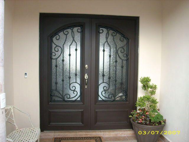 Puerta de forja 110 for the home pinterest portones for Puertas principales de forja