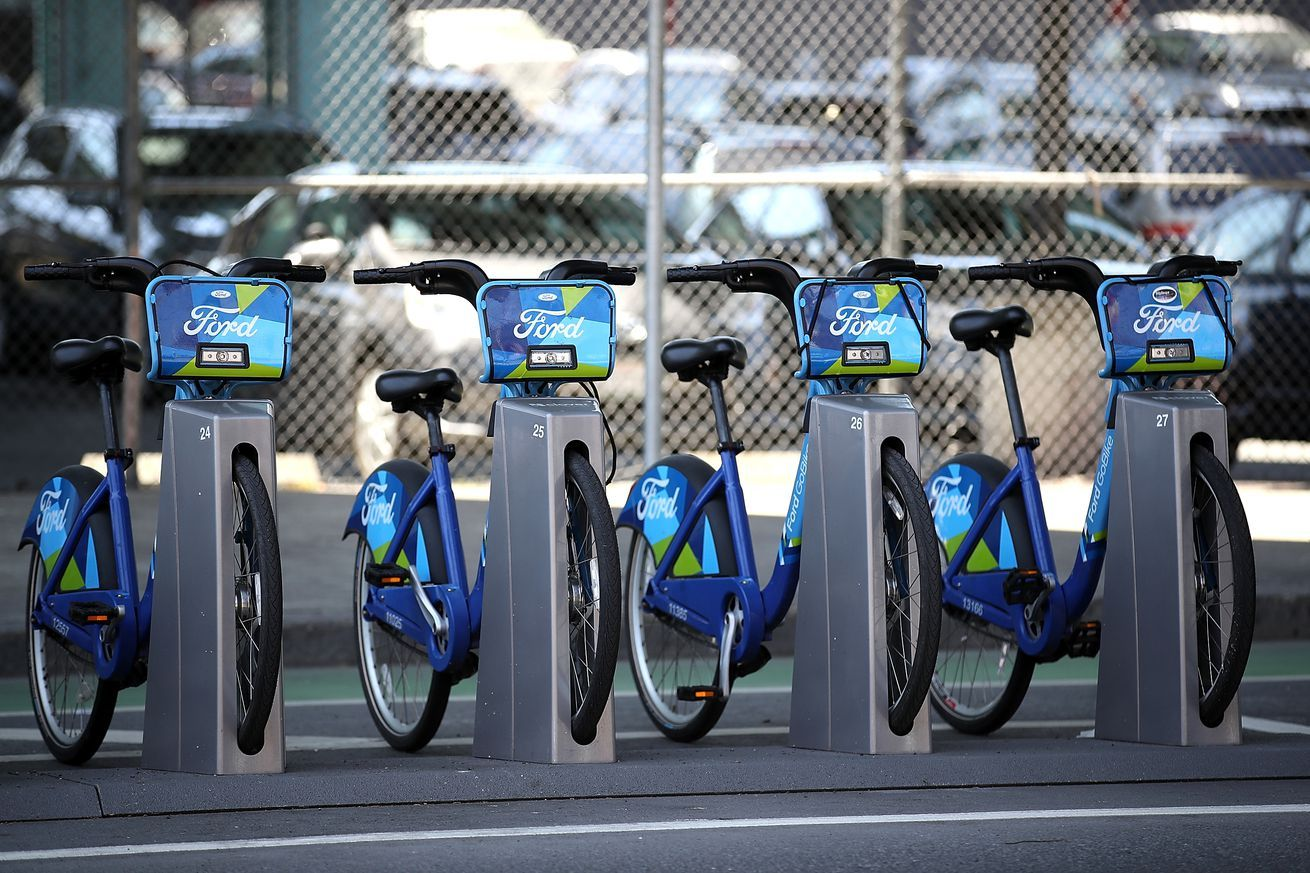 Lyft Is Suing San Francisco To Prevent Competing Bikeshares From Moving In New Electric Bike Electric Bike Buy Bike