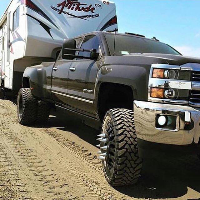 Hauling That Camper Like A Boss Chevy Lovers Trucks Diesel