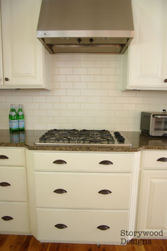 Kitchen Cabinets painted with Annie Sloan Chalk Paint Old White and ...
