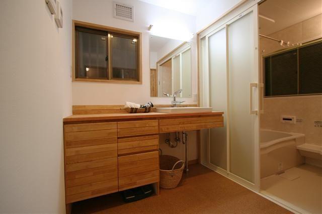 事例タイトル 清潔感のある洗面所 浴室 株式会社 総合建築職人会