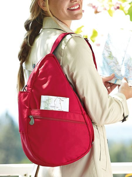 The ergonomic Healthy Back Bag doesn t put stress on your shoulders bc70fc32c640