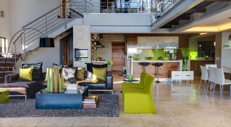 Proposta originale open space moderni con soppalco con cucina con