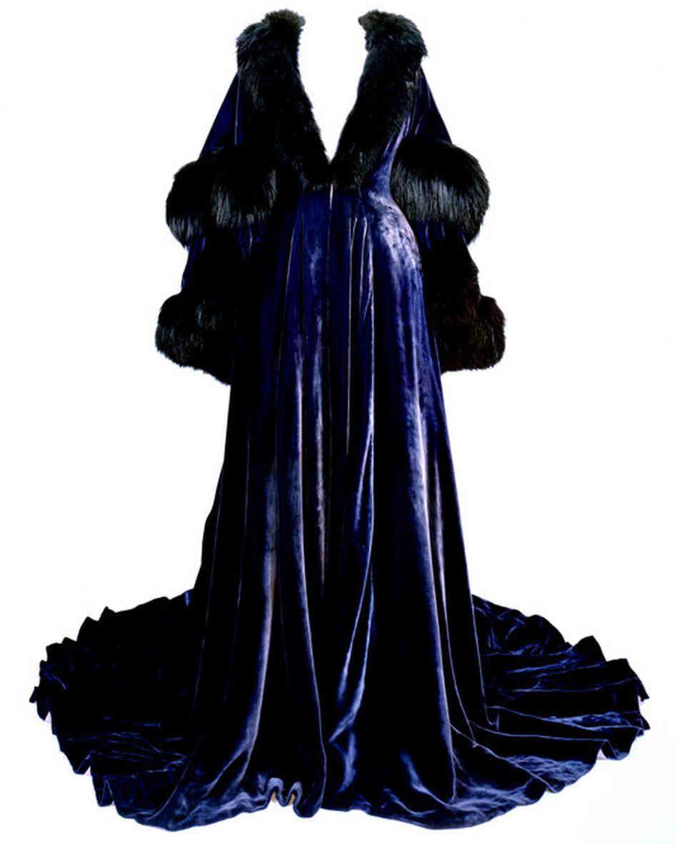 walter plunkett costumes d shabill bleu p le peignoir velours et fourrure vivien leigh. Black Bedroom Furniture Sets. Home Design Ideas