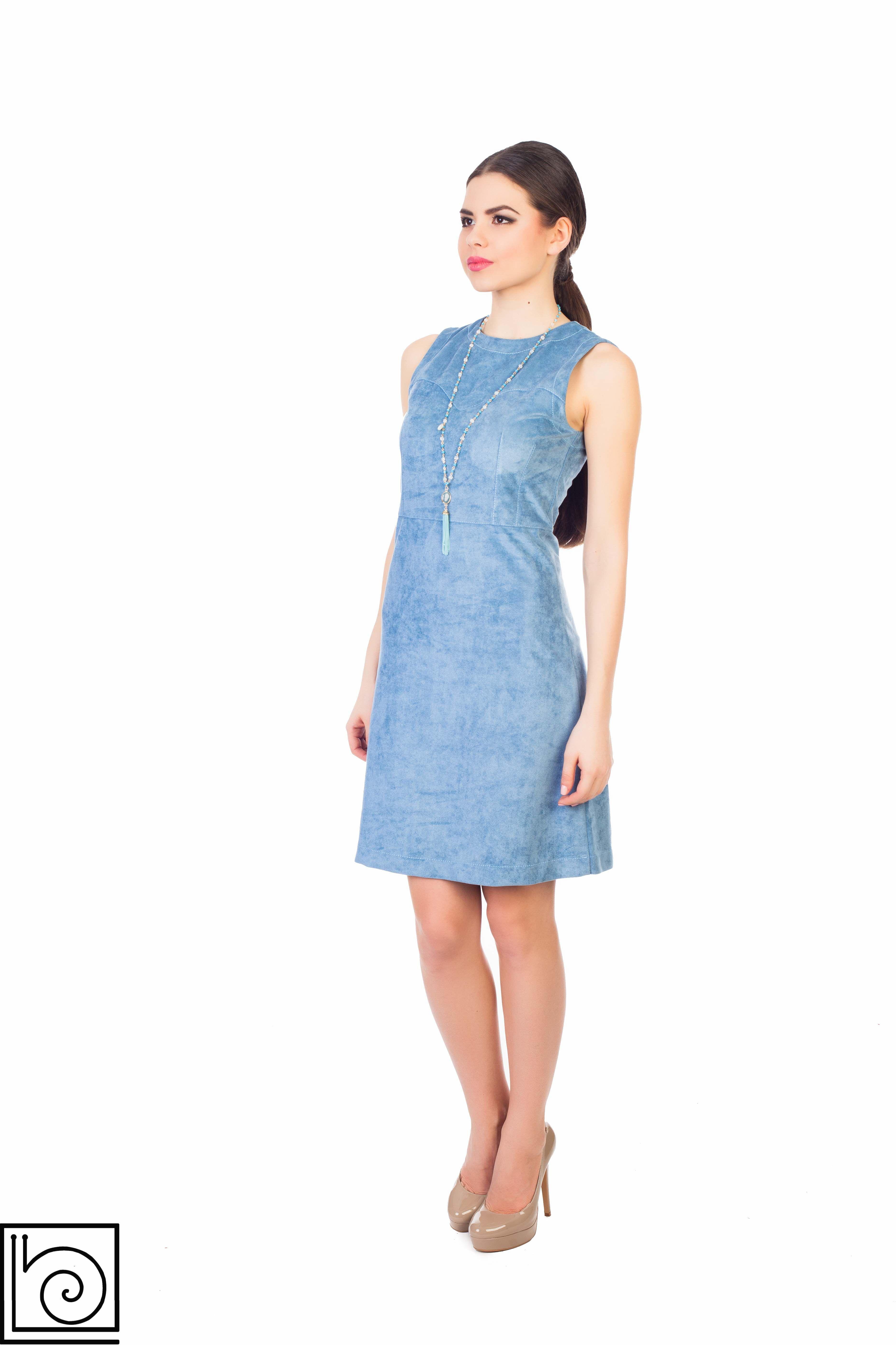 Как стирать сине белое платье