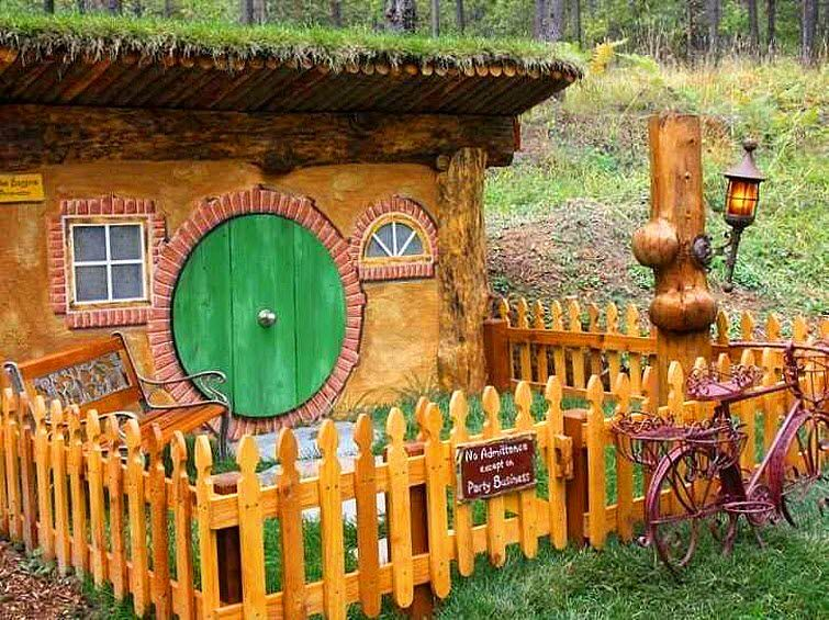 The Shire Of Montana Real Hobbit House In Mt Hobbit House