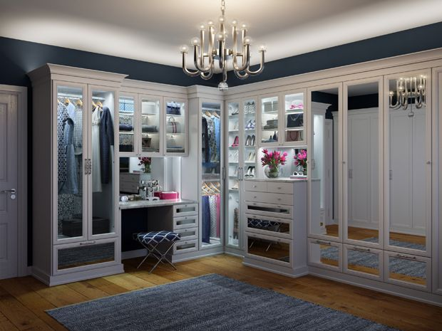 California Closets - Presidio Walk-In Closet with L
