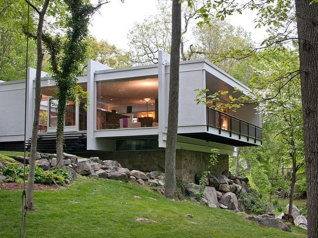 5 Settlers Trl Darien Ct 06820 Zillow Mid Century Modern House Architecture House Mid Century House