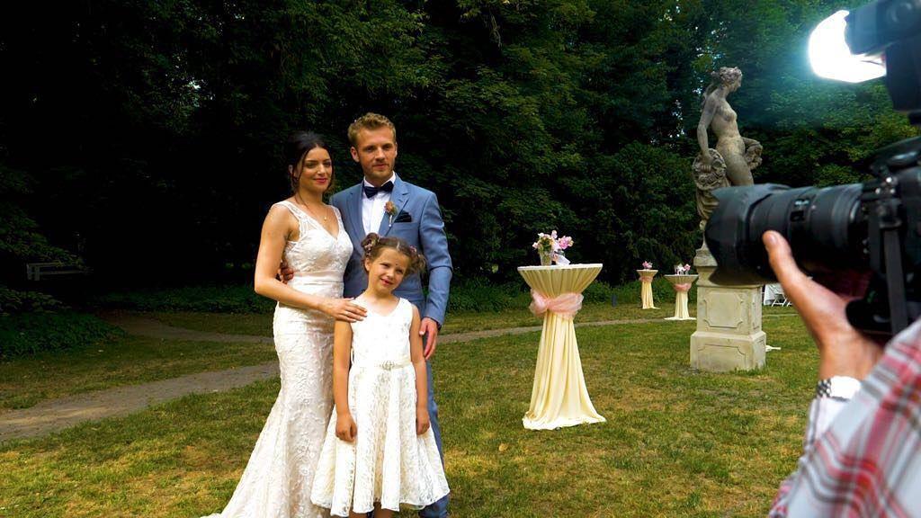 Gefallt 24 5 Tsd Mal 265 Kommentare Gzsz Gzsz Auf Instagram Nur Noch Ein Mal Schlafen Gzsz Wedding Br Dresses Formal Dresses Prom Dresses