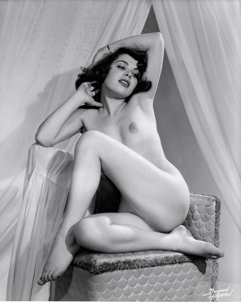 naked-actress-lady