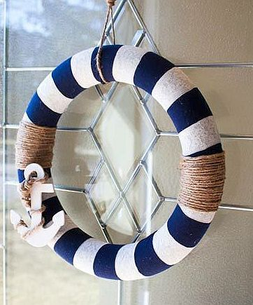 Photo of DIY Wreath Nautical Decor from Making the World Cuter. This is so cute! I love t…