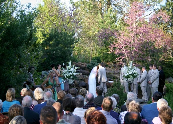 The Prairie Pines Grande Garden Perfect For Larger Outdoor Wichita Weddings And Wichita Receptions Wedding Venue Packages Outdoor Garden