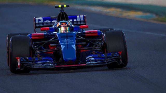 Carlos Sainz (ESP) Scuderia Toro Rosso STR12 at Formula One