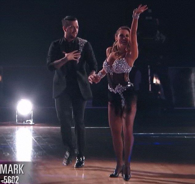 Kim Dancing With The Stars: Kim Zolciak Fights Back Tears After Lowest Score On DWTS
