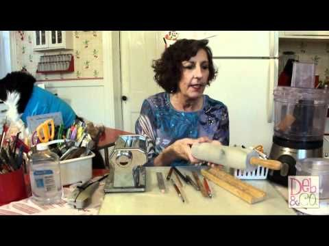 Basics: Learn What Tools You Can Use to Shape Clay for Jewelry Making #Polymer #Clay #Tutorials