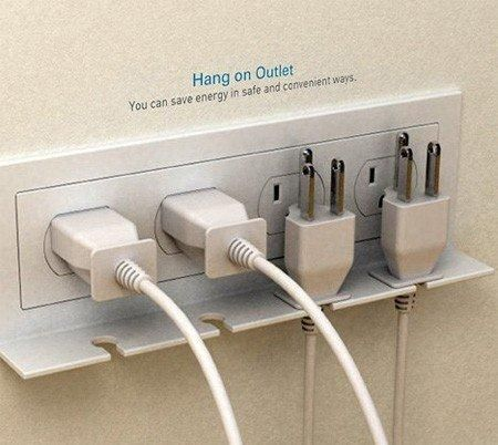 Cables perfectly placed for use when needed and without danger to anyone
