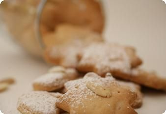 עוגיות שקדים פריכות