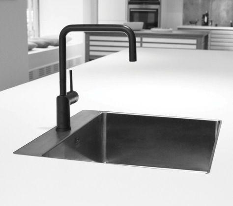 Mat zwarte keukenkraan google zoeken keukens for Kraan zwart