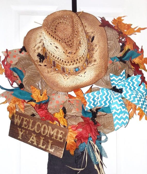 Fall Wreath, Scarecrow wreath, Fall Welcome wreath, Cowboy wreath, Welcome Y'all wreath, Hat and Jeans wreath, Scarecrow door wreath #scarecrowwreath