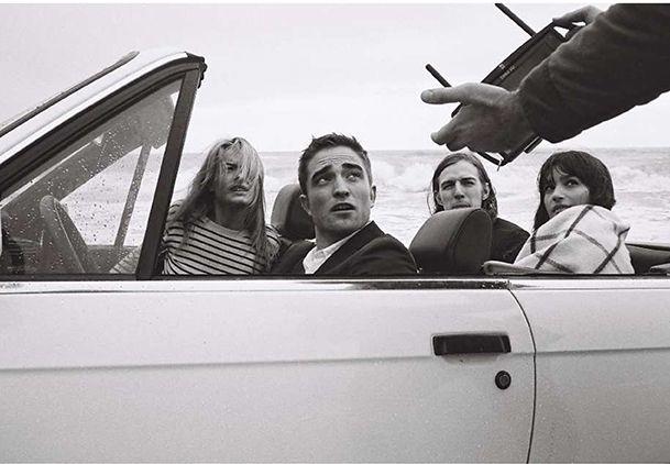 publicité DIOR avec Robert Pattinson au volant  Ddfb1c5f4a0f47756be3d477b963e198
