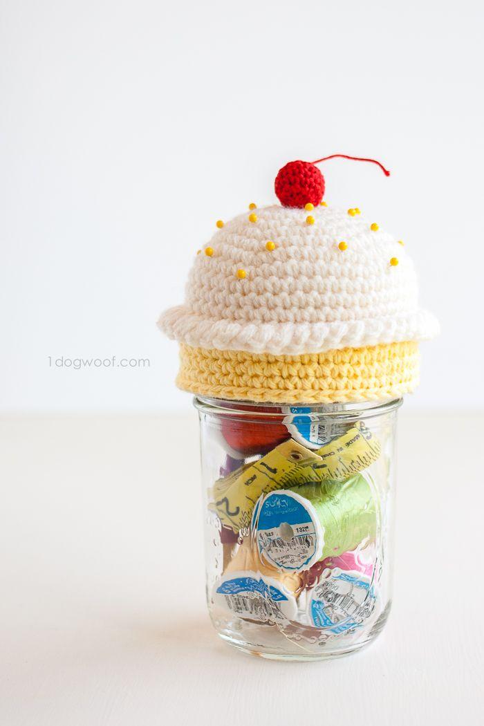 Crochet Cupcake Pincushion Sewing Kit | Kuchen häkeln, kleiner ...