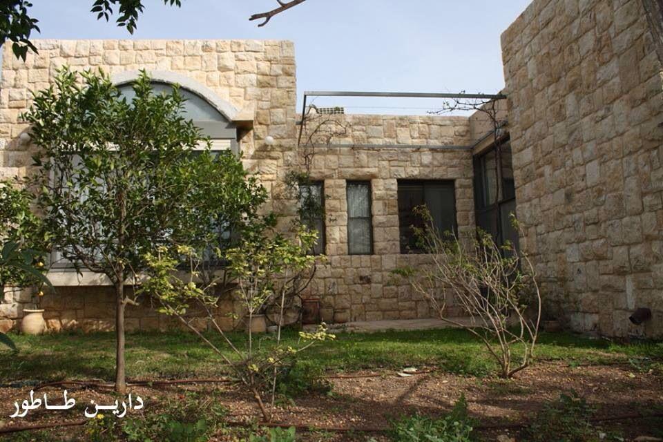 بيوت عربية فلسطينية منهوبة في ريف حيفا اجزم قضاء حيفا فلسطين Vernacular Architecture Architecture Palestine