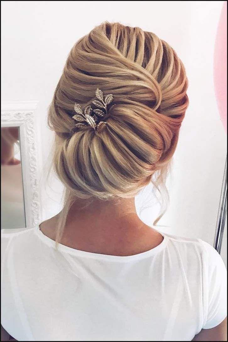 54 Simple Updos Wedding Hairstyles For Brides Elegant Updo Updo Einfache Frisuren Hair Styles Long Hair Styles Wedding Hairstyles Updo