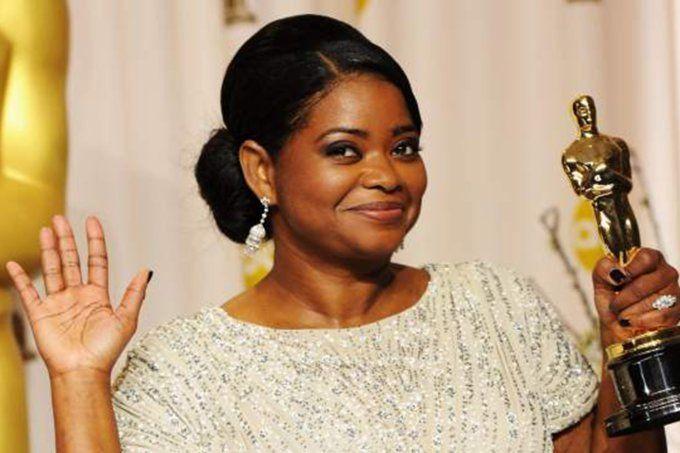 Octavia Spencer oferece sessão de cinema para famílias carentes