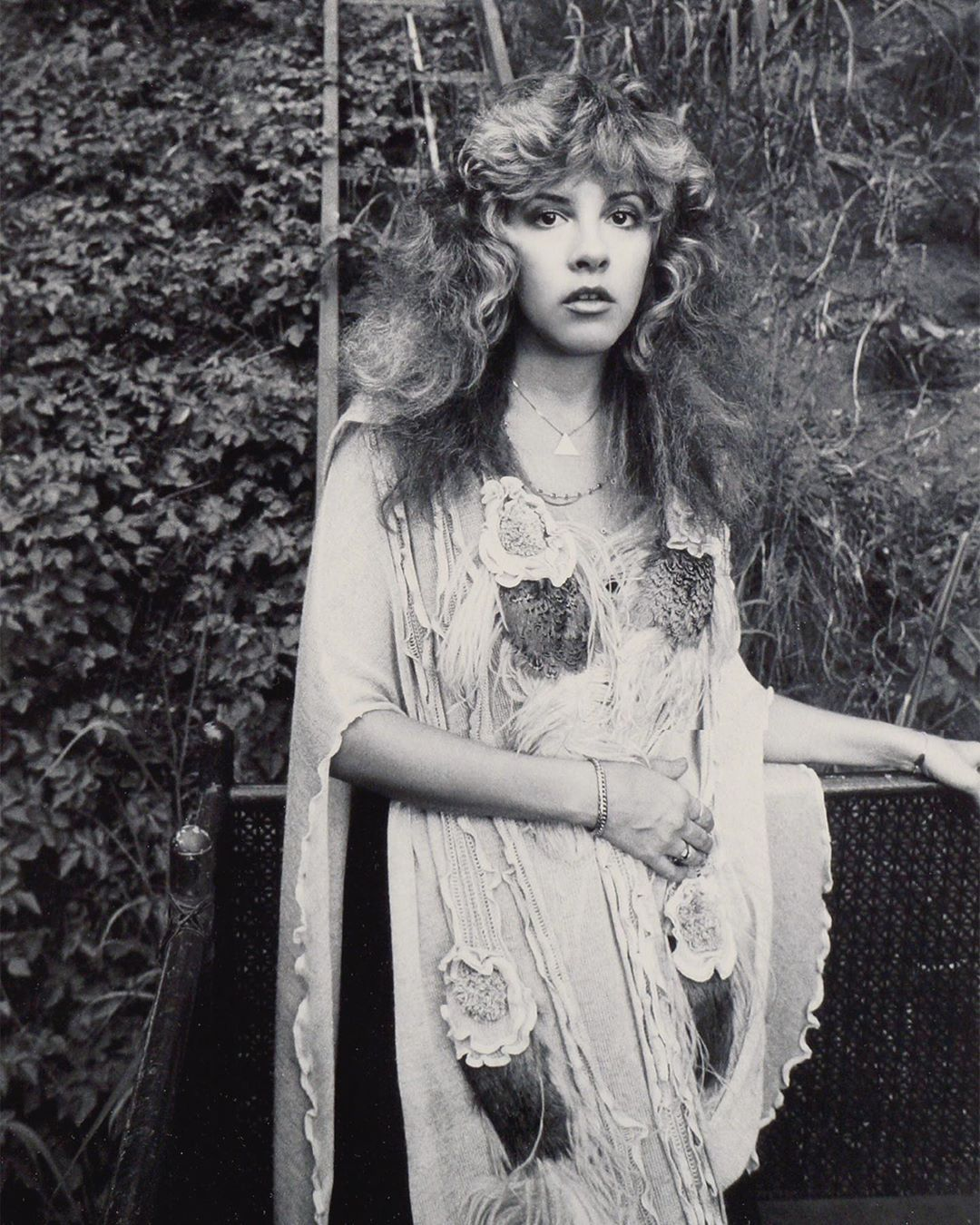 Stevie Nicks Laurel Canyon 1981 Photo By Neal Preston Stevie Nicks Fleetwood Mac Stevie Stevie Nicks Style [ 1350 x 1080 Pixel ]