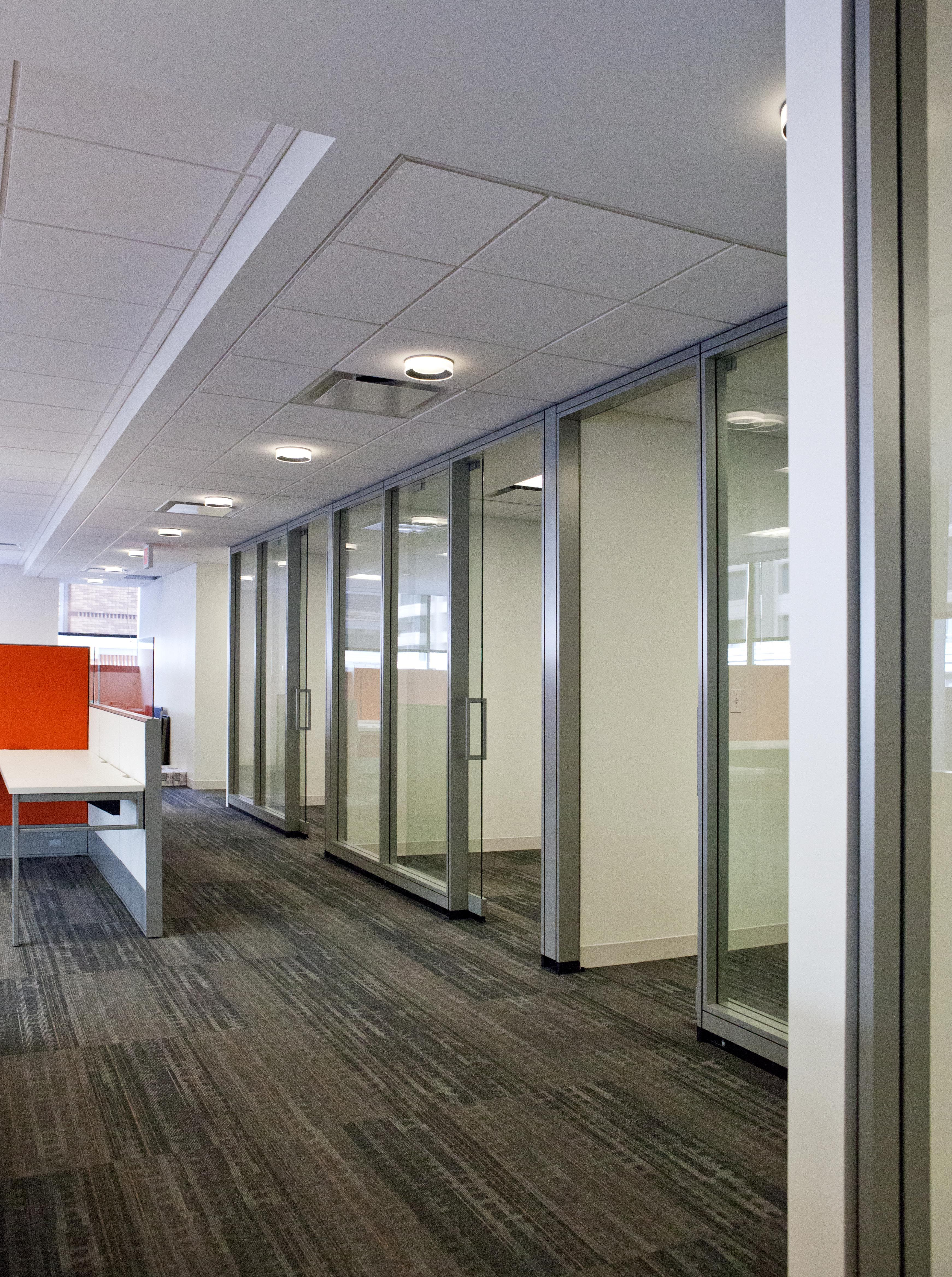 Kcic Washington Dc Haworth Enclose Wall Panel And Sliding Pivot Glass Door System