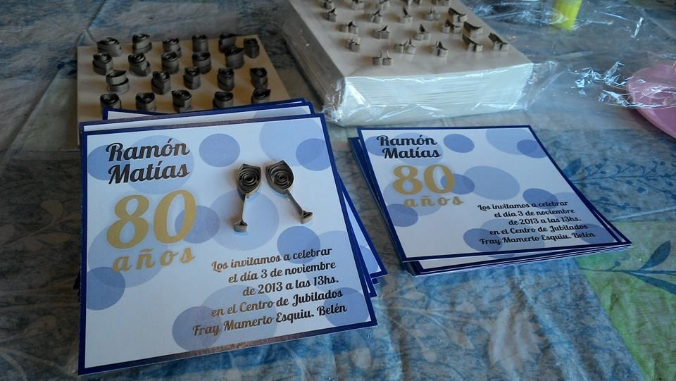 Tarjetas invitación para cumpleaños 80 años Filigrana Quilling Copas Brindis Lunares